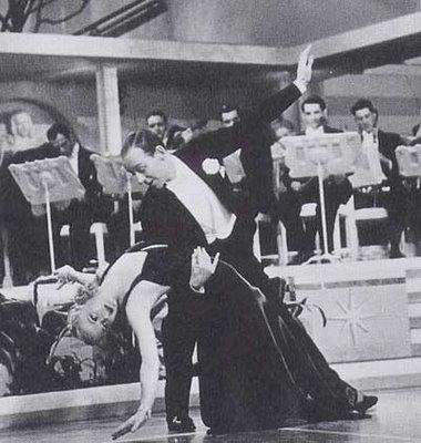 fcf64aa5061 old2 - 로버타 Roberta (1935)